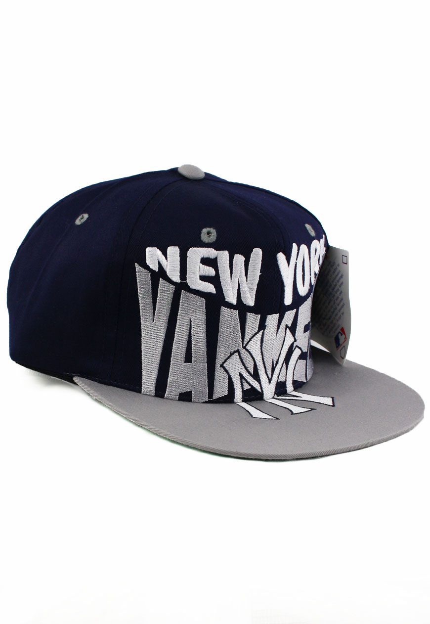 Shop    Vintage   Branded    Snapbacks    Vintage New York NY Yankees Logo  7 Snapback Hat - Agora Clothing - Shop - Products 9d495e03e4a
