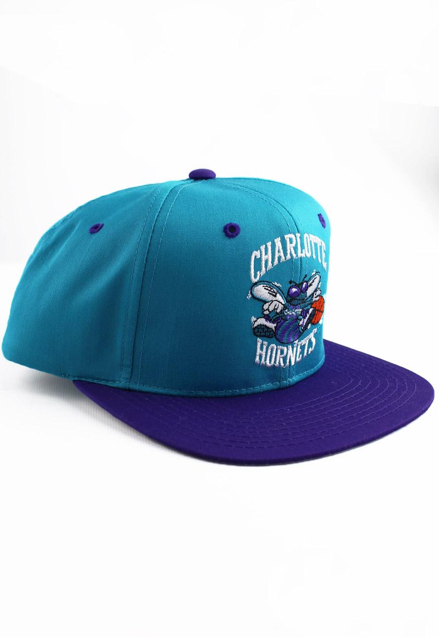 Shop :: Vintage / Branded :: Snapbacks :: Vintage Charlotte Hornets Starter Snapback Hat - Agora ...