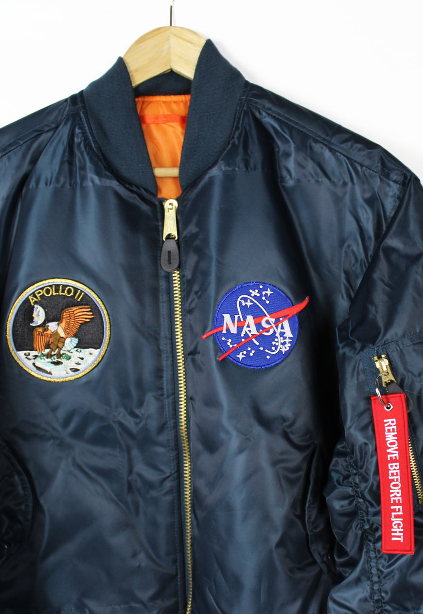Shop Vintage Branded Outerwear Apollo 11 NASA